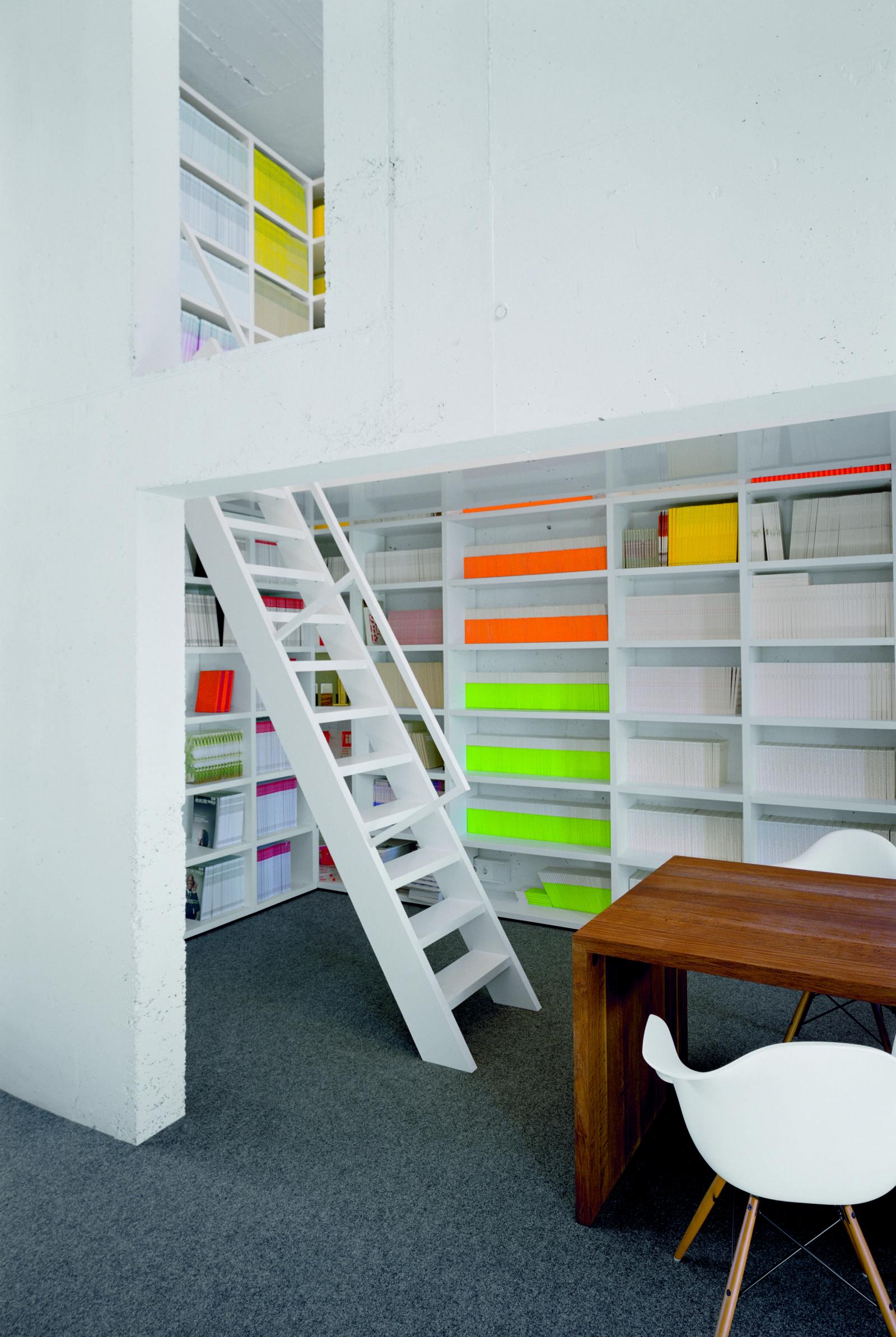 sign kommunikation frankfurt am main philipp mainzer. Black Bedroom Furniture Sets. Home Design Ideas