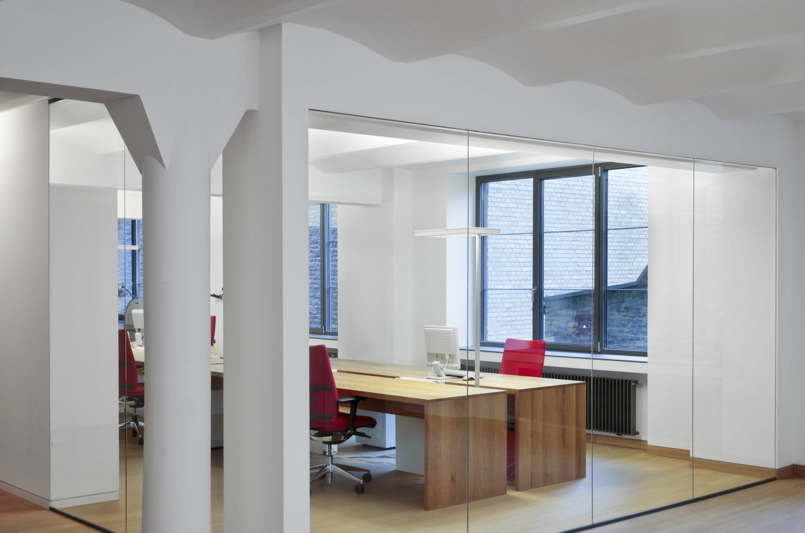 people interactive cologne philipp mainzer. Black Bedroom Furniture Sets. Home Design Ideas